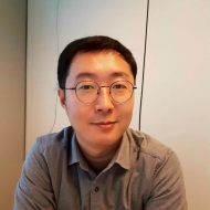 Zhihao Yang